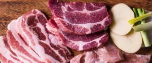 Covid-19 : un boucher offre des paniers de viande à des...