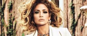 Jennifer Lopez : toujours plus belle à 51 ans, même...