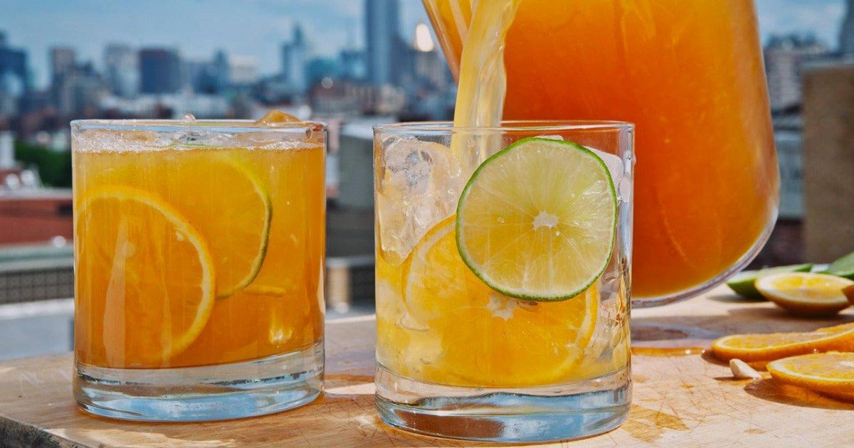 Cette boisson à base de citron et d'orange permet de perdre du poids